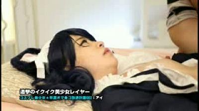 追撃のイクイク美少女レイヤー 002/皆野あい