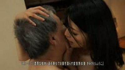 濃厚な接吻と舐め奉仕でお股を濡らす変態熟女妻/一条綺美香 古川祥子
